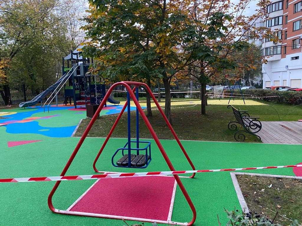 готовая детская площадка из эпдм